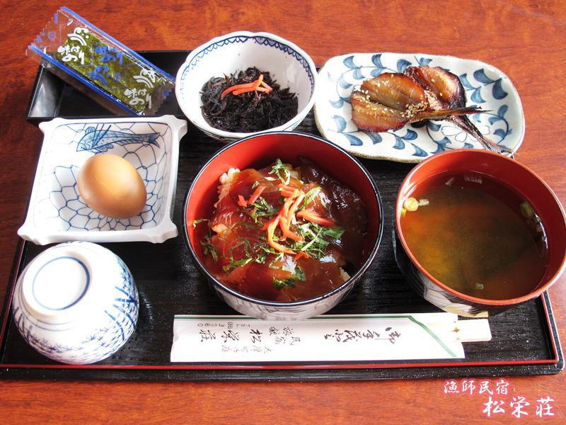 朝食(てこね寿司付)